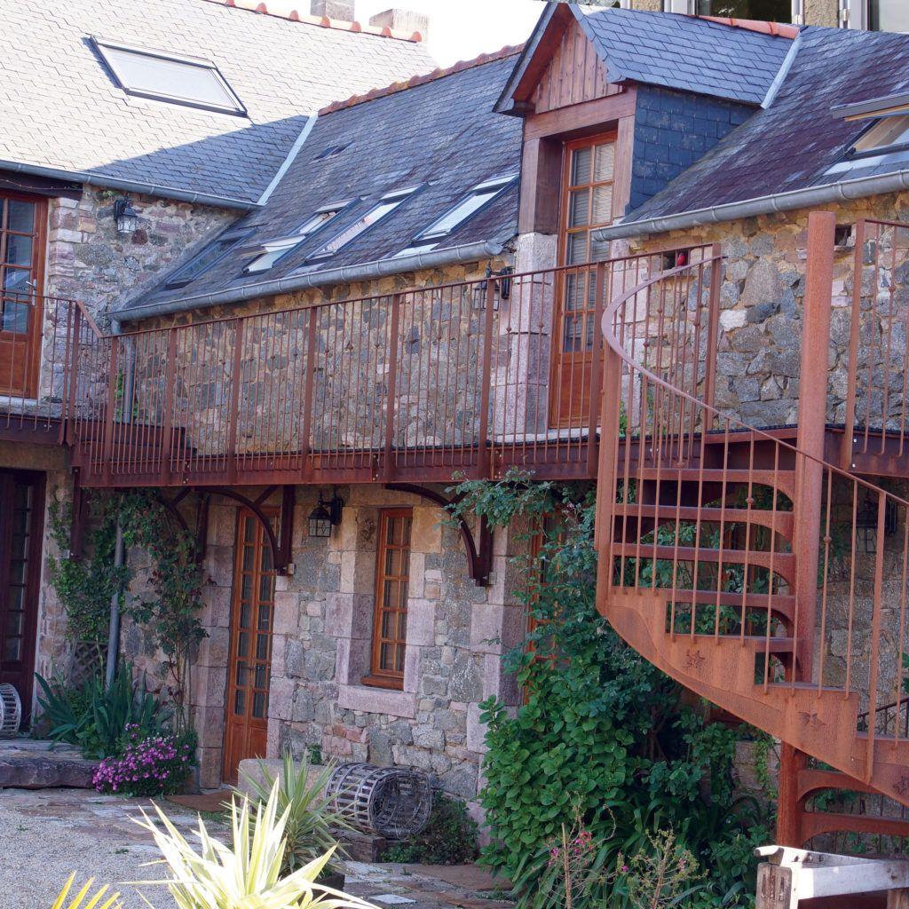 Passerelle et escalier - Acier Corten - Ville d'Erquy